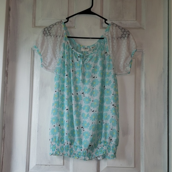 Cato Other - Cato blouse with blue n white flowers